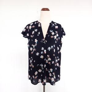 Tokito Size 10 Navy Floral Flowing Work Top
